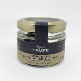 Morceaux de truffes noires...