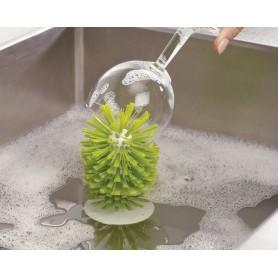 Brosse à vaisselle dans...